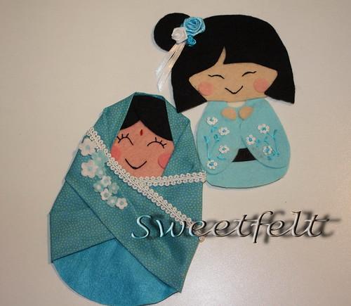 ♥♥♥ Vem lá mais uma mantinha das meninas do mundo, desta vez em azul... by sweetfelt \ ideias em feltro