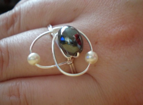 Wire and bead ring 1