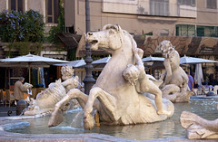 "fontana del Nettuno, piazza Navona • <a style=""font-size:0.8em;"" href=""http://www.flickr.com/photos/89679026@N00/6204541420/"" target=""_blank"">View on Flickr</a>"