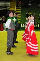 ROS_0691 (roseanebarbianfotografia) Tags: rs domingo ctg ijui vestidovermelho dançatradicional enart roseanebarbian campodosbugres rendasbrancas 13ºgrupo ijuicom
