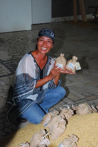 舒米如妮為海稻米訴說心願,明年再聚石梯坪。(圖片來源:林務局提供)