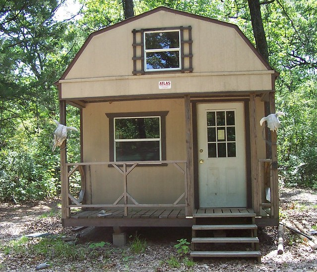 Turn shedinto cabin submited images - Turning a shed into a cabin ...