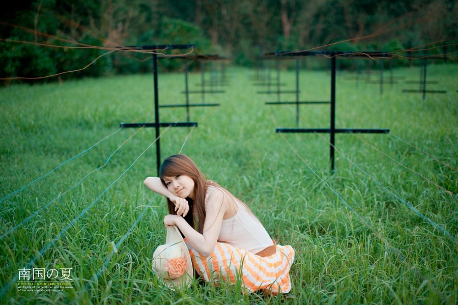 http://farm7.static.flickr.com/6154/6235141048_42fff1d19e_b.jpg