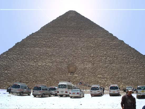 Khufu Pyramid 1 Monmajhi
