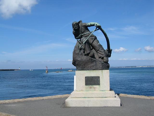 Le Croisic - Statue de Hervé Rielle