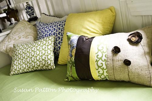 wR_pillows
