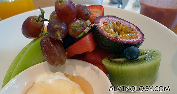 Fresh fruits with yoghurt to share