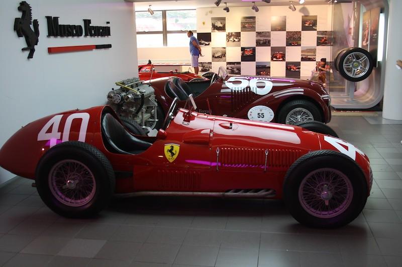 Museo Ferrari coches antiguos