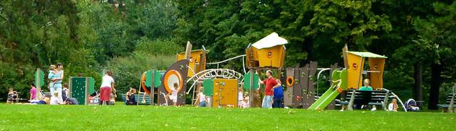 Aire de jeu au parc de la tête d'or