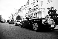 4K. (Jurriaan Vogel) Tags: auto show street uk england urban bw white black london english cars car silver photography sussex nikon automobile europa europe geneva britain united great fast kingdom rollsroyce automotive motors exotic cameron bmw 1750 british rolls phantom oversized tamron luxury coupe exclusive v8 royce goodwood v10 coup vogel oversize v12 4000 seraph d60 jurriaan ldn 100ex drophead worldcars
