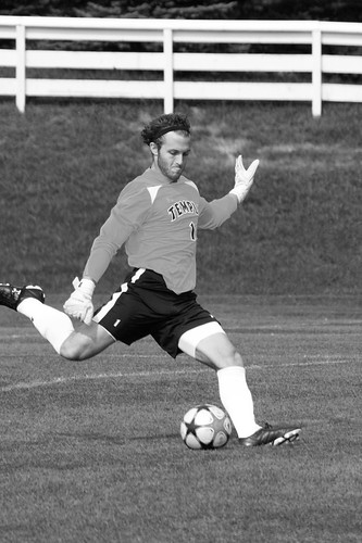 menssoccer_sports_sept06_paulklein_13bw