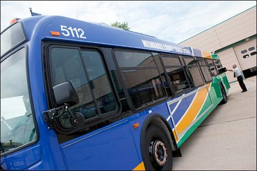 bus-081310