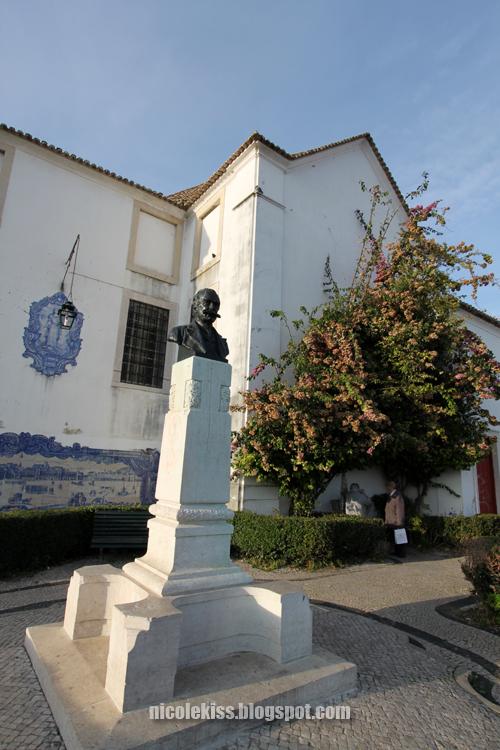 lisbon head statue