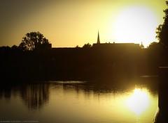 All Golden. (hannes vosgerau   unknown711) Tags: sunset sun church germany golden all silhouettes kirche olympus oldenburg lamberti e410 unknown711