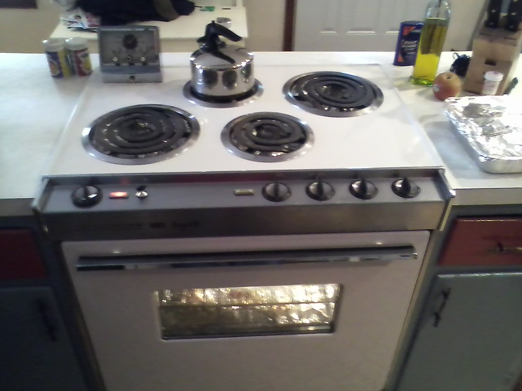 The world 39 s best photos of frigidaire and retro flickr - Frigidaire americain general electric ...
