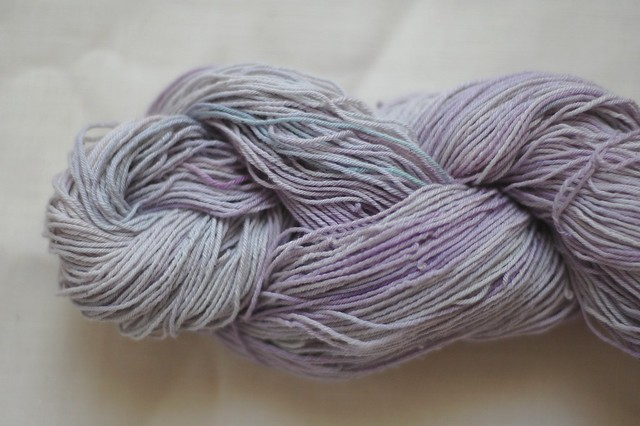 cotton dyed with red cabbage