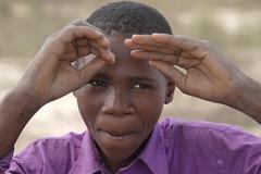 Bimbi del Mozambico (Paolo_a_zonzo) Tags: africa travel portrait people face canon child bambini 7d viaggi ritratto mozambico paoloazonzo