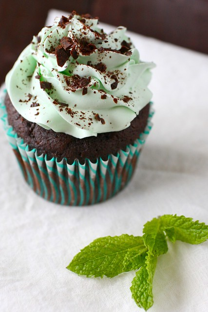 Mint Chocolate Cupcakes | Annie's Eats