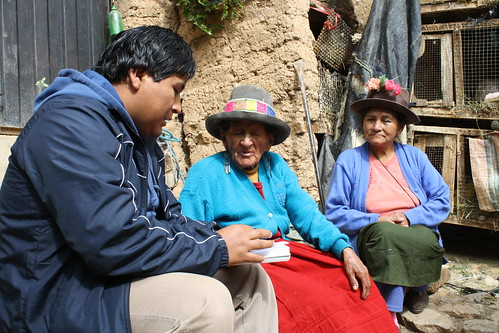 EPAF's Percy Rojas interviewing the mother and sister of a disappeared person