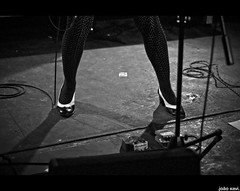 .autoramas @ epplehaus tübingen. (click for + 3 fotos) (.joao xavi.) Tags: brazil rock brasil riodejaneiro punk garage guitarra bein brasilien pop pernas trio meia beine perna tübingen bacalhau epplehaus autoramas topete powertrio meiacalça gabrielthomaz jovemguarda fláviacouri