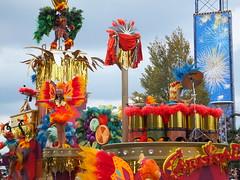 DSCF6502 (HAMACHI!) Tags: autumn halloween japan pentax parade finepix amusementpark fujifilm osaka usj themepark k7 2011 universalstudiojapan f600exr finepixf600exr usjsurprisehalloween surprisehalloween