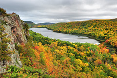 """lake of the Clouds"" Porcupine Mountain Wilderness State Park (Michigan Nut) Tags: travel autumn red sky orange cliff usa mountain color fall water leaves weather clouds america forest geotagged photography leaf woods midwest michigan scenic ridge valley edge vista mapletree wilderness upperpeninsula overlook porcupinemountains lakeoftheclouds michiganstateparks johnmccormick"