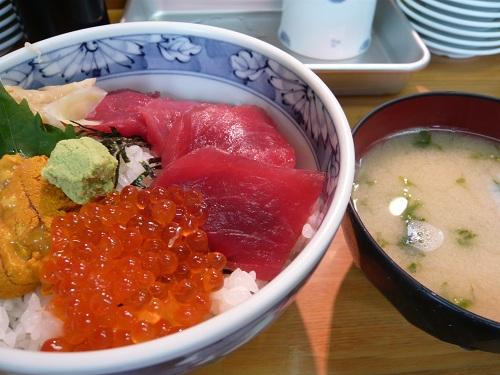海鮮3種盛り丼