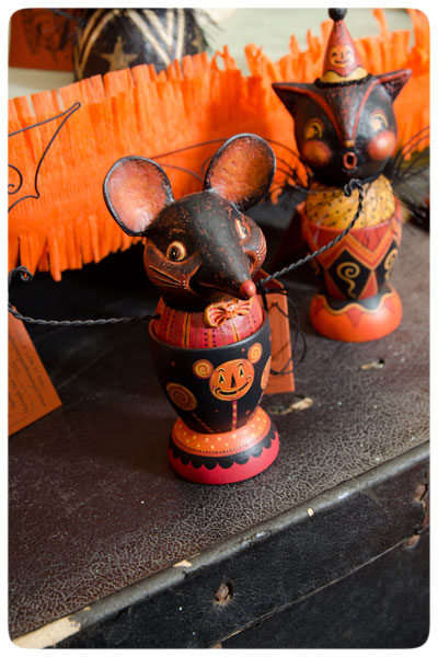 Mouse-&-Bat-Cup-Ghoultide