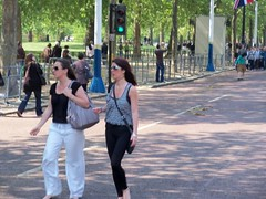 London Tourists (Waterford_Man) Tags: people london paths themall sw1