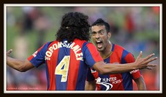 Newcastle Jets Win (Graeme Gillmer) Tags: life wild sport fun outside happy football athletic intense afternoon view action soccer joy lifestyle australia ugly active gettyimages imagery energetic artfull newcastlejets best4gpin hyundaialeague20112012