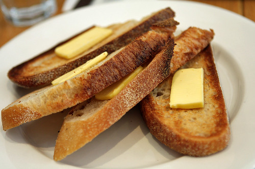 buttered toast at Bills