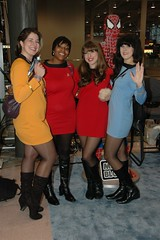 Crossplay Trek (edwick) Tags: startrek scott cosplay spock vulcan enterprise scotty kirk javits crossplay 2011 nycc newyorkcomiccon likeyoucarewhoshesdressedupas whowasthatmaskedstranger