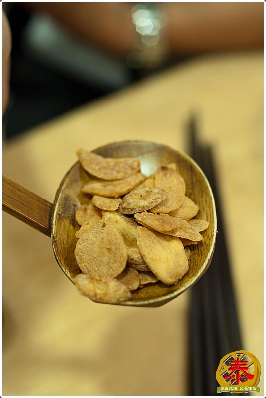 2011.10.12 西湖市場飛龍拉麵-豚骨家-12