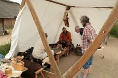 Herstellung von Glasperlen mit Sven Hopp in Haithabu – Museumsfreifläche Wikinger Museum Haithabu WHH 04-09-2011