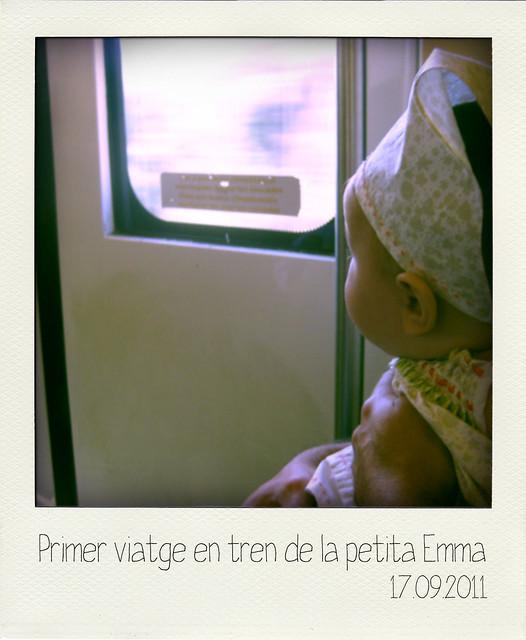 Primer viaje en tren de la pequeña Emma