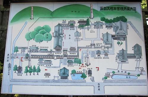 諏訪大社本宮境内案内図 by Poran111
