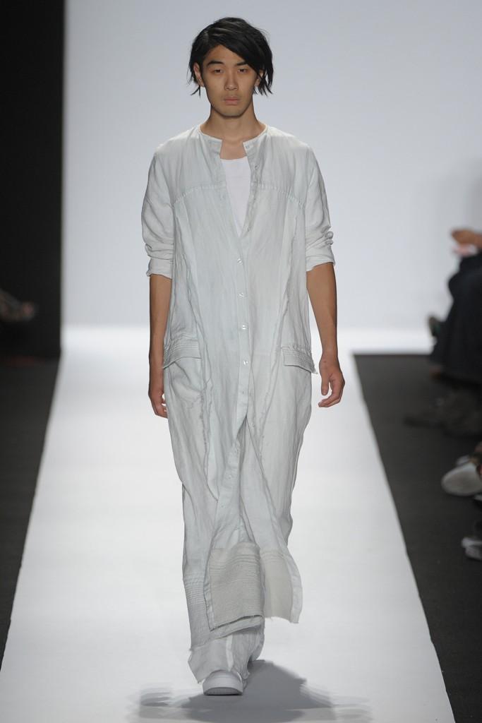 SS12 New York Academy of Art University013_Tomo Kurata(Homme Model)