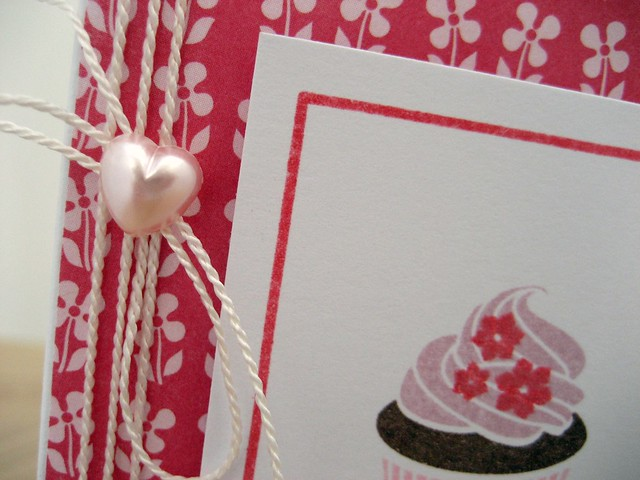 Heart detail cupcake card