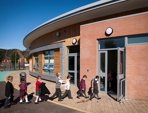 Bonhill Primary School by Ryder Architecture