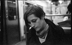 Tu te dplaces. Tu ne voyages pas. (Bourguiboeuf) Tags: portrait bw en 6 white black paris film girl subway noir metro kodak seat femme transport daily nb 400 portraiture commute ago commuting years analogue expired et fille blanc canonet ql17 giii gc argentique telemeter commun tlmtrique