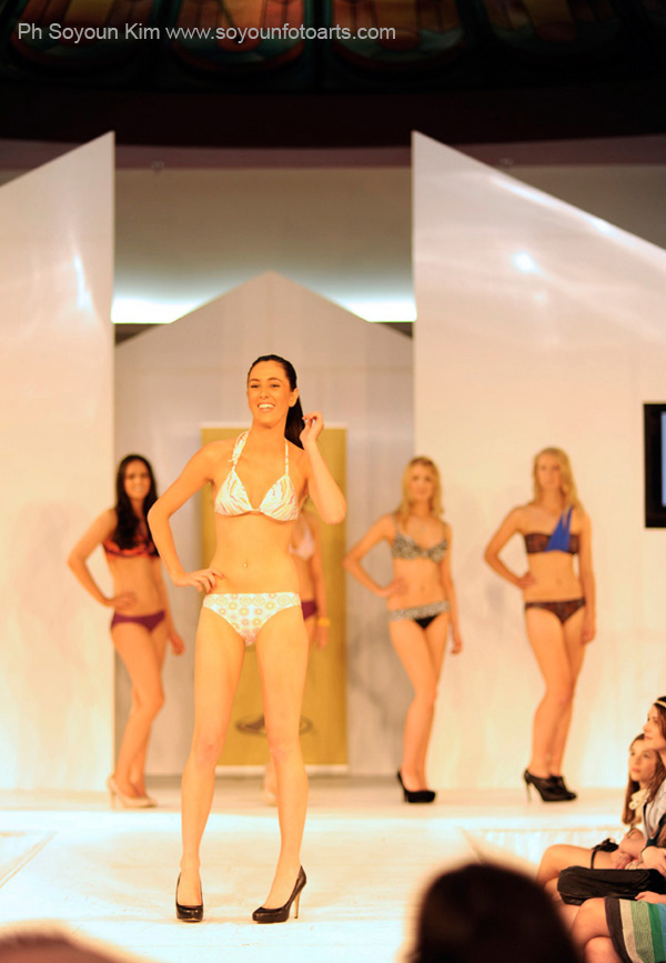 Miss Universe Australia 2012 Beauty Pageant  Bikini K_600BikiniBeauty26