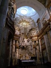 110921_Karlskirche 051 (weisserstier) Tags: vienna wien sculpture art church saint angel gold austria kirche wolken altar engel baroque barock heiliger kunstwerk karlskirche heilige skulpture dreifaltigkeit hochaltar 4bezirk 1040wien wieniv hlborromus borrous