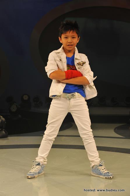 Harris juara Idola Kecil 3