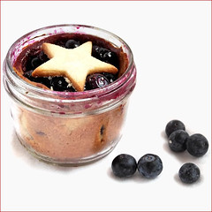 2011-08-19-Blueberry-Pie-Jar