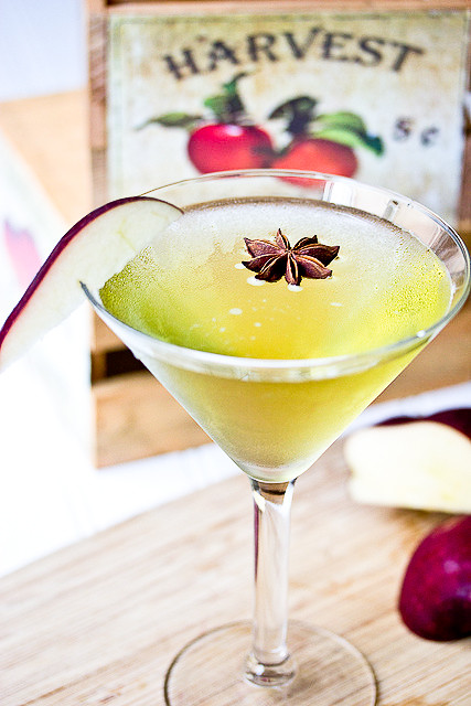 Ginger Spiced Caramel Apple Martini