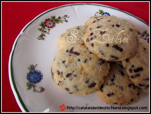 famous amous cookies