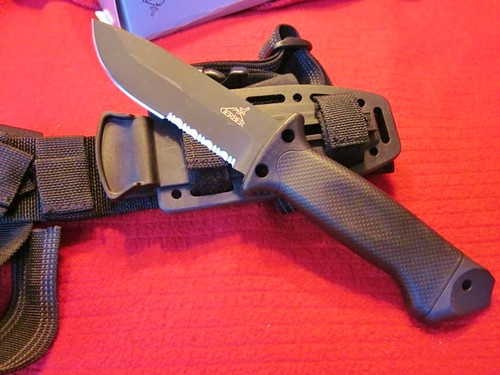 "Gerber LMF II Infantry (Black) 4.84"" Fixed Blade, Sheath"
