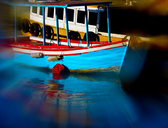 Colours and reflections in Rio de Janeiro. (Carlos Vieira.) Tags: brazil riodejaneiro reflections boat colours details effect niteri vibrantes portugalpequeno