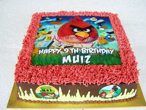 Birthday Cake with Edible Image Angry Birds