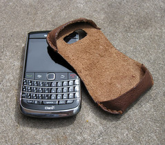 The Santiago leather sleeve for Blackberry Bold (Bonarina Buenos Aires) Tags: brown leather design slim phone blackberry handmade cell device case smartphone coffe sleeve tobacco handstitched bold argentinian leathergoods